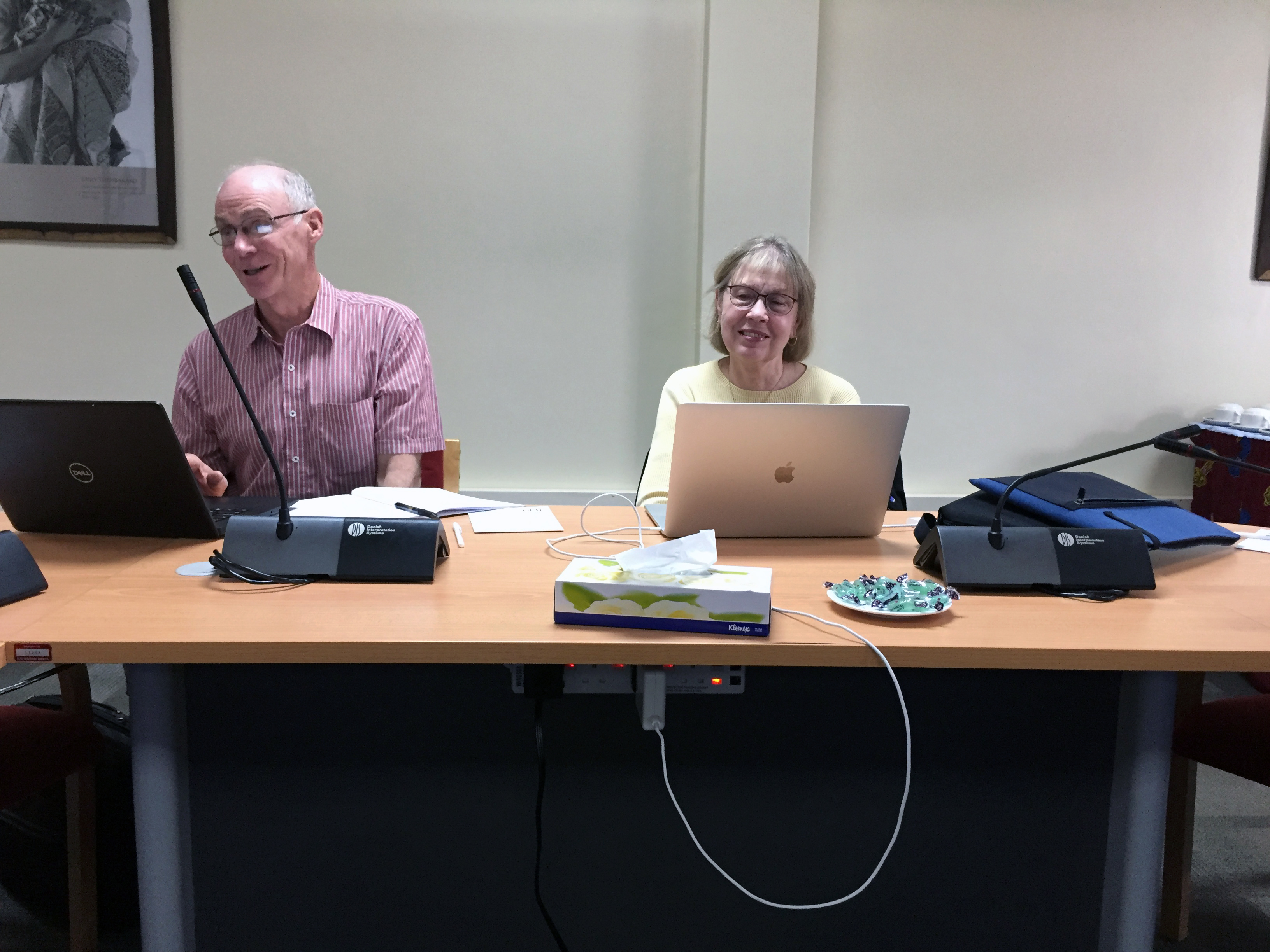 Dr. George Kennedy and Dr. Linda Hanley-Bowdoin leading the project meeting as Co-Principal investigators.
